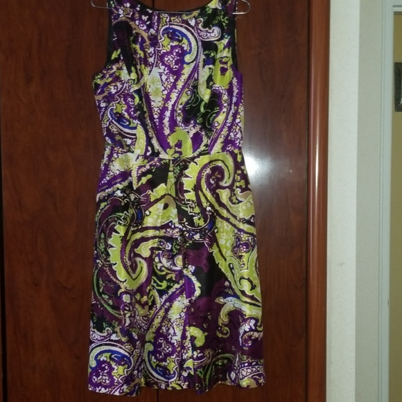 Isaac Mizrahi Dresses & Skirts - Worn only twice cocktail dress in great condition